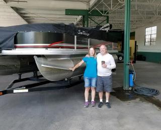 2011 Sun Tracker Fishin21 Boat & Trailer