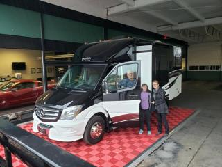 2015 Mercedes Reneagad Villagio Motorhome